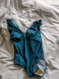 Brand new teal one piece swimsuit (size L) Toronto, M4Y 2J4
