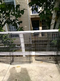 2 dog/pet cages