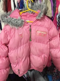 Girls jacket size 8 Surrey, V3S 0L3