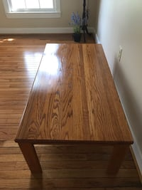 Solid oak coffee table Fairfax Station, 22039