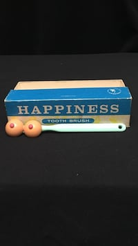 happiness tooth brush with box Virginia Beach, 23451