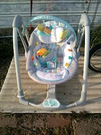 baby's gray and white swing chair Junction City, 43748