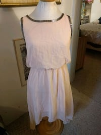 Double 00 dress ladies S Edmonton, T5N 2Z9