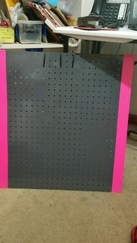 Jewelry pegboard convertible style