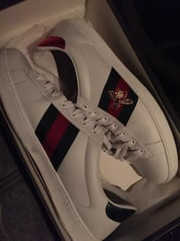 Authentic Gucci Sneakers Size 11 Woodbridge, 22191