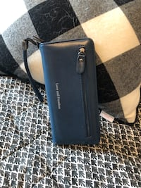 Blue purse /Wallet New with tags Calgary, T3P 0N8
