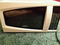 White microwave Fayetteville, 72701