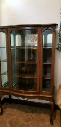 Antique, 75 yrs. Old Display hutch Grapevine, 76051