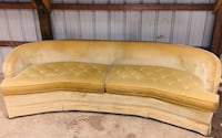 Retro couch $50 Troutville, 24175