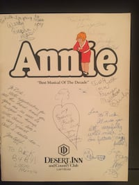 Annie program & picture autographed by the cast  Las Vegas, 89138