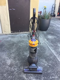 Excelent condition ! Selling it because I have 2 cleaning my garage Woodside, 94062