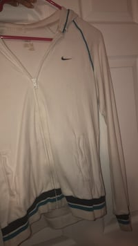 White nike sweater Brampton, L6V 0W9