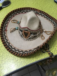 gray and brown sombrero Kitchener