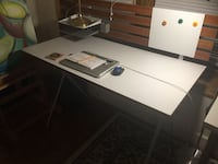 Great work desk for sale in Lincoln Park Chicago, 60614
