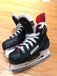 Bauer Vapor Boys Hockey Skates- size youth 12R Mississauga, L5A 2R2