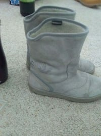 pair of gray suede boots Edmonton
