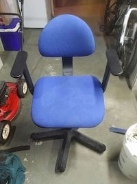 blue and black office rolling chair Toronto, M5A 4A6