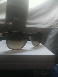 Oliver Peoples Sunglasses Toronto, M4X 1G3
