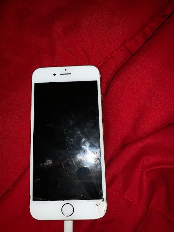 a6212ea1528b5b Used iPhone 6s slightly cracked 64 GB for sale in Lawrenceville - letgo