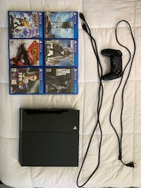 PS4 - 500GB (Includes 6 games and 1 Controller)