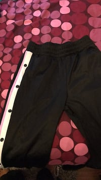 TEARAWAY PANTS GARAGE SZ M  Toronto, M1E