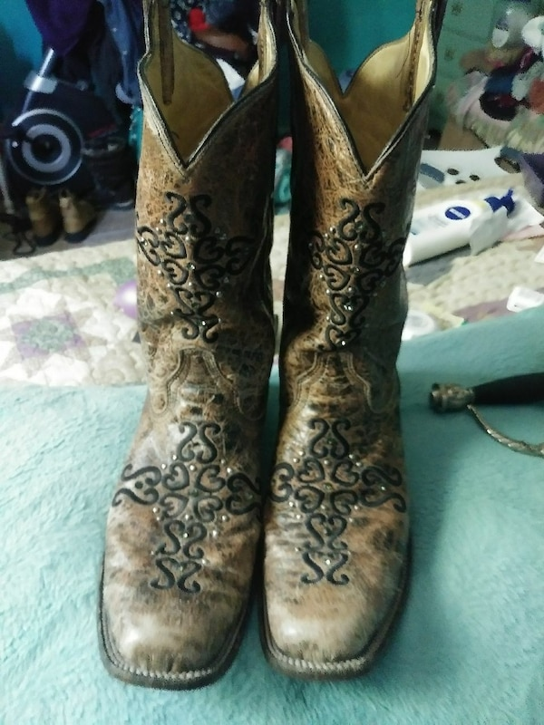 67db91543e7f Used Corral Boots size 10 for sale in Wolfe City - letgo