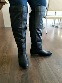 pair of black leather knee high boots size 9 Edmonton, T6W 3A1