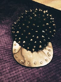 Gold spikey snapback Langley City, V4W 0A2