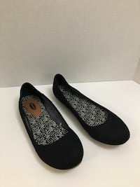 Pair of black flats Dr scholl's size 8 Stafford, 22556