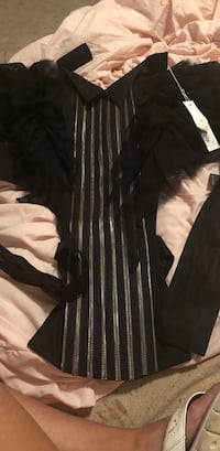 AUTHENTIC Anne Fontaine silver and black top Mc Lean, 22101