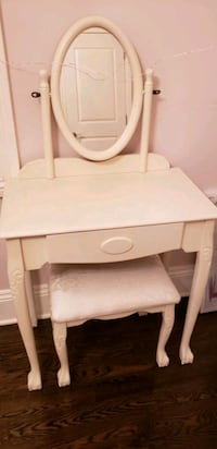 Girl's Makeup Table and Chair