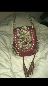 red and white floral crossbody bag Washington, 20032