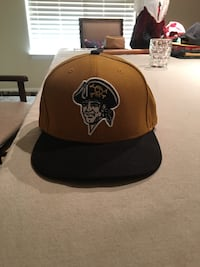 Pittsburgh Pirates fitted cap  Madera, 93636