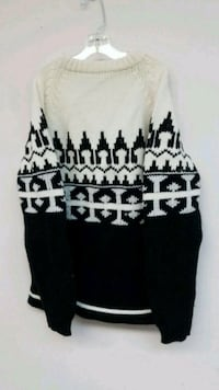 Warm black and white sweater.   Endicott, 13760