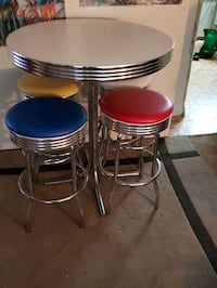 Retro bar table and stool set