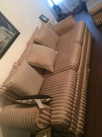 Nice gold and beige couch with long chaise lounge Orlando, 32818