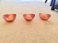 Set of Rose Gold Metallic Bowls  Herndon, 20171