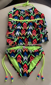Girls 2 piece bathing suit from Justice.  Size 10 Vaughan, L4H 4L3