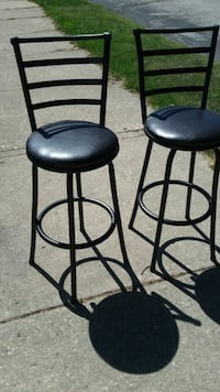 2 dark brown leather top bar stools South Milwaukee, 53172