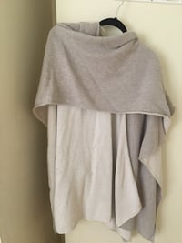 Guess poncho sweater.. great condition  Toronto, M4W 2M9