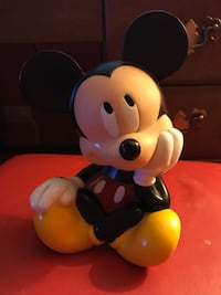 Vintage Mickey Mouse Piggy Bank! Chicago, 60660