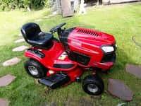 Used 2019 Craftsman Riding Lawn Mower R110 for sale in