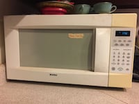Used microwave big  Roswell, 88201