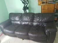 black leather 3-seat sofa New York, 11422