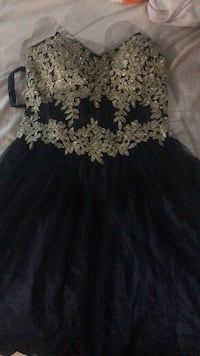 Black and white floral dress Grimsby, L3M 0B6