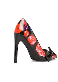 Floral heels size 8/New in the box Albuquerque, 87111