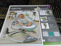 white and green Fisher-Price cradle n swing box Delta, V4K