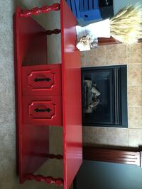 Coffee Table  Airdrie, T4B 3L1