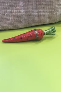 Limoge carrot collectable Toronto, M9R