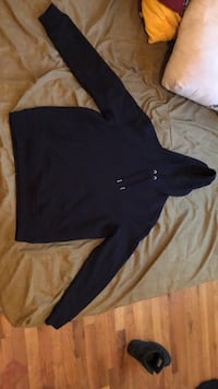 Men's medium new look sweater Washington, 20002